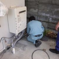 排水詰まり高圧洗浄中
