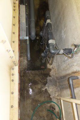 排水ポンプ故障で水を吸い上げない