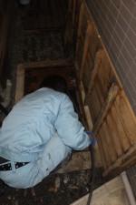 排水管つまり解消,高圧洗浄掃除/土間排水口から汚水逆流