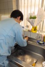 台所水漏れ修理 キッチンシングルレバー混合水栓部品交換