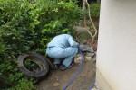 マンホールから汚水が逆流し溢れる/排水管詰り高圧洗浄作業