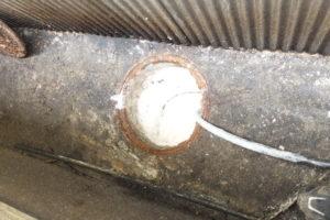 排水パイプクリーニング高圧洗浄作業中