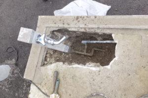 給水管取り換え工事中
