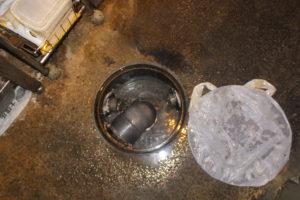 店内厨房の排水マス、配管のパイプクリーニング完了