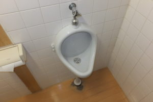 トイレ小便器詰まり