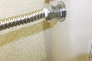 トイレの水道管水漏れ