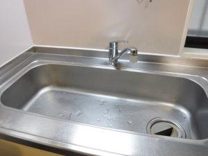 シングルレバー水栓、目地取り換え後