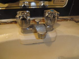 洗面台のハンドルが空回りする