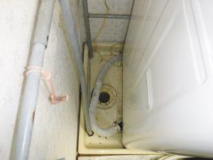 洗濯機の洗濯盤排水口の掃除
