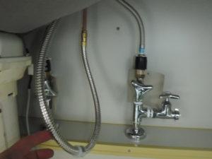 修理後は水漏れしなくなりシャワーホースも新品になりました