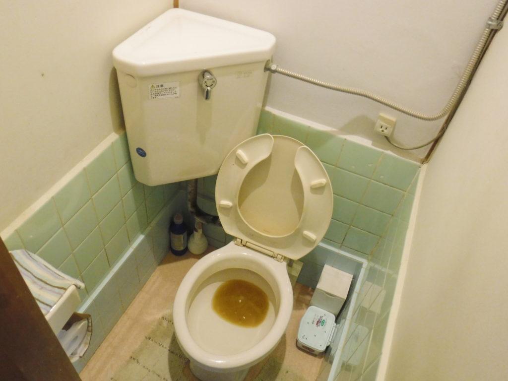 池田市トイレ詰まりの依頼