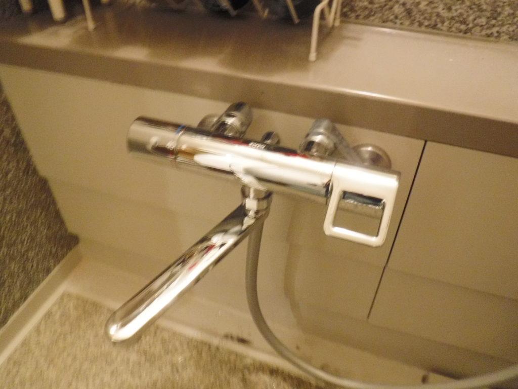 トートーバスシャワー混合水栓取替交換作業完了