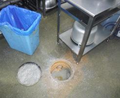 大阪のお弁当屋さんの排水つまり