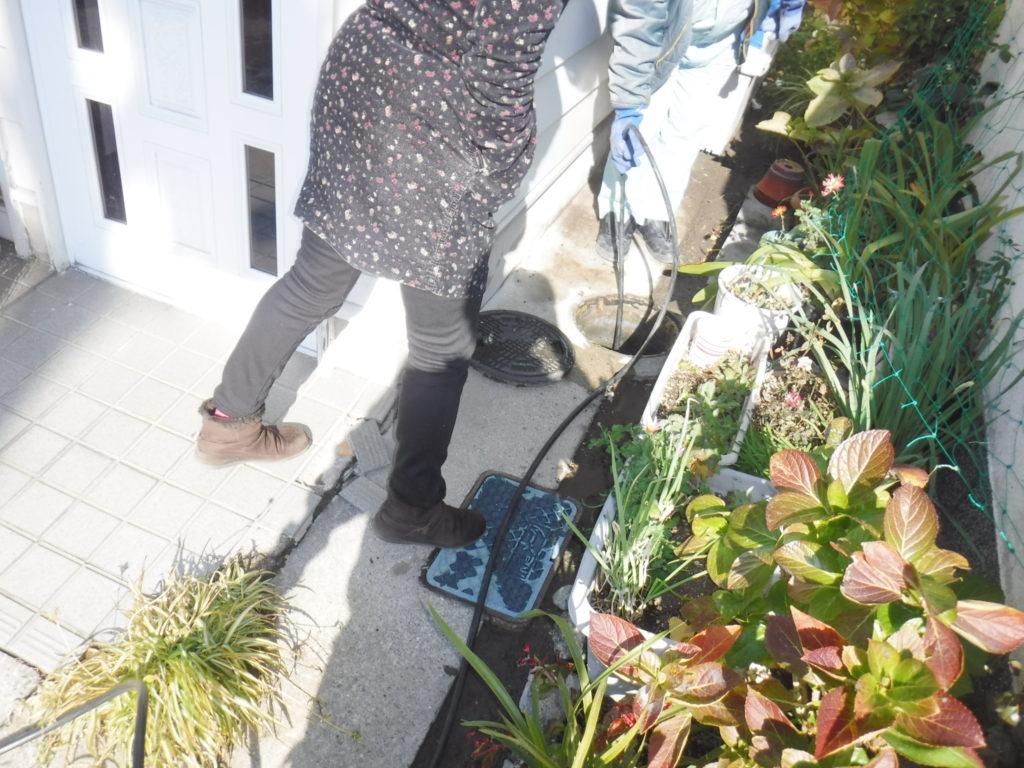 兵庫県尼崎市での汚水桝が溢れる詰まりトラブル