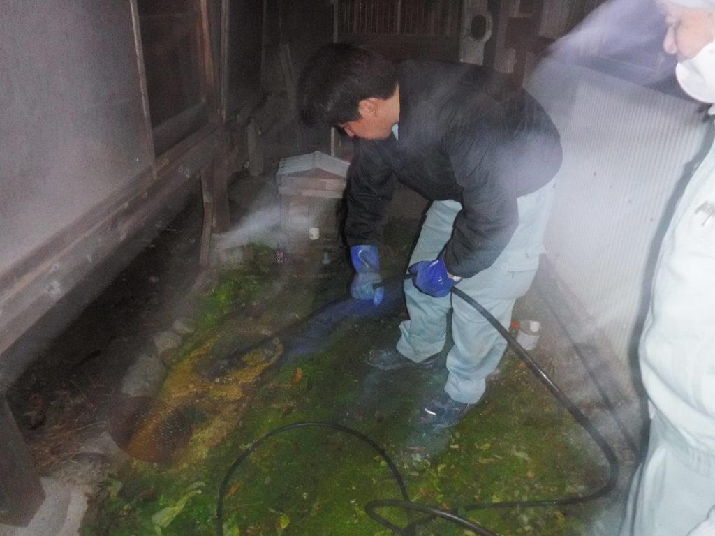 池田市トイレ詰まり修理清掃作業