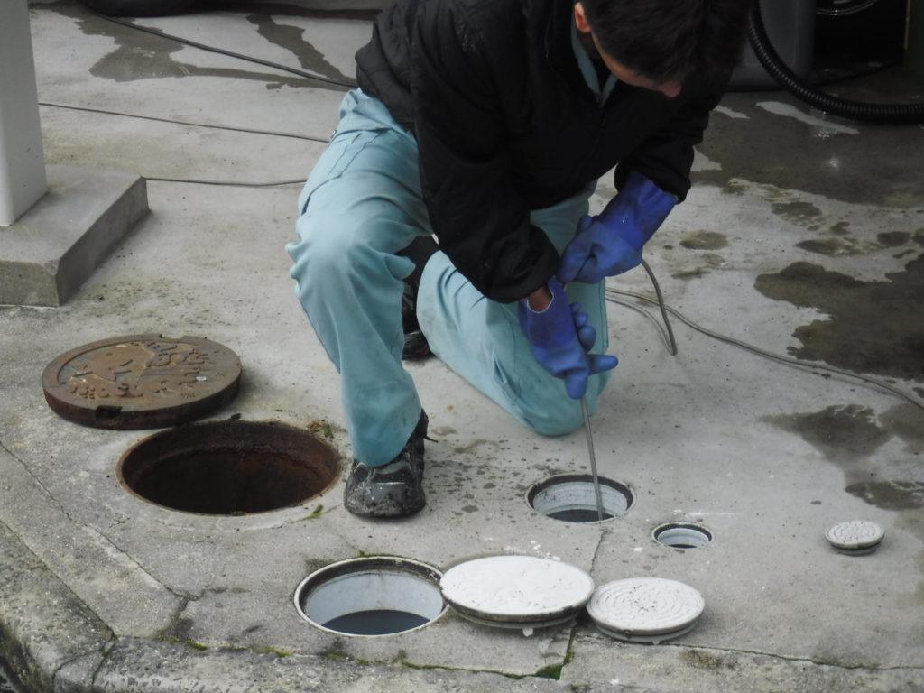高槻市排水つまり解消高圧洗浄で詰まりトラブル直します