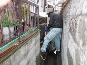 下水詰まり解消の高圧洗浄清掃作業