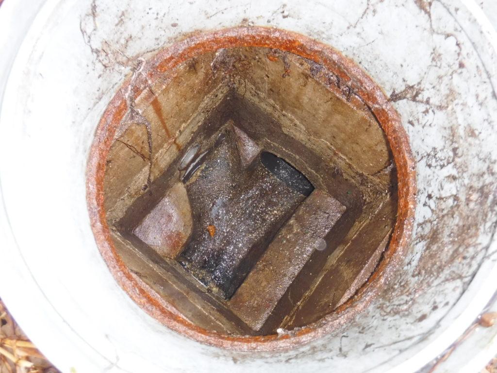 高圧洗浄で下水、マス共に清掃後