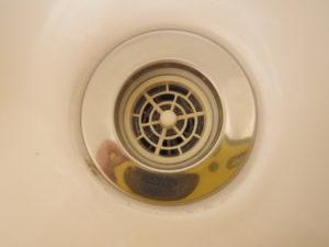 洗面台排水口掃除後