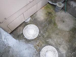 清掃作業完了後は土間の洗い流しにて作業完了