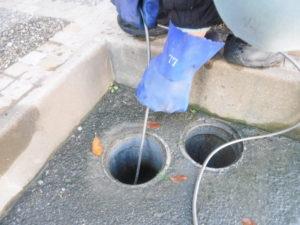 兵庫県伊丹市での洗濯機排水溝つまりのため配管の高圧洗浄作業